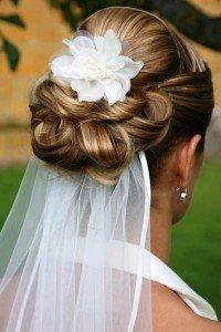 wedding upstyle with veil, Hale hair salon