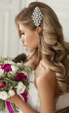 long curly wedding hair, Hale hairdressers
